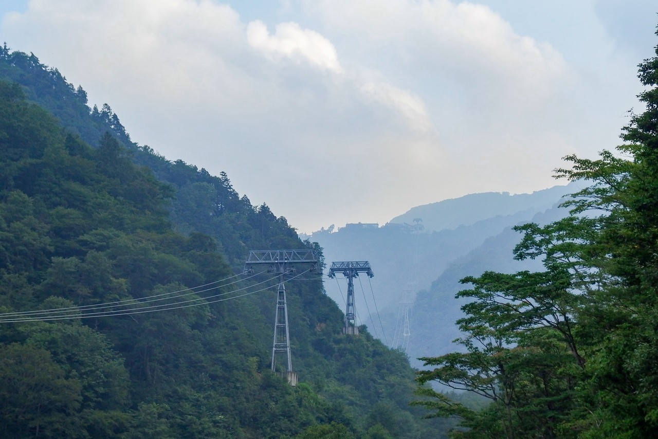 運休中の谷川岳ロープウェイ