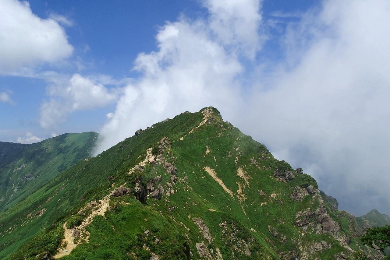 谷川岳 トマの耳から見たオキの耳