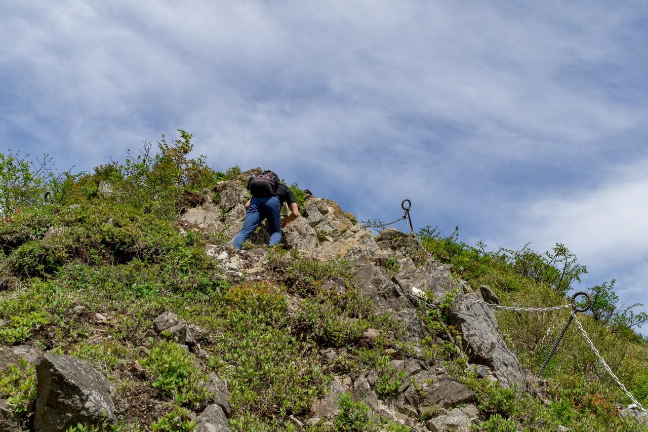 丹沢主脈 鬼ヶ岩のクサリ場