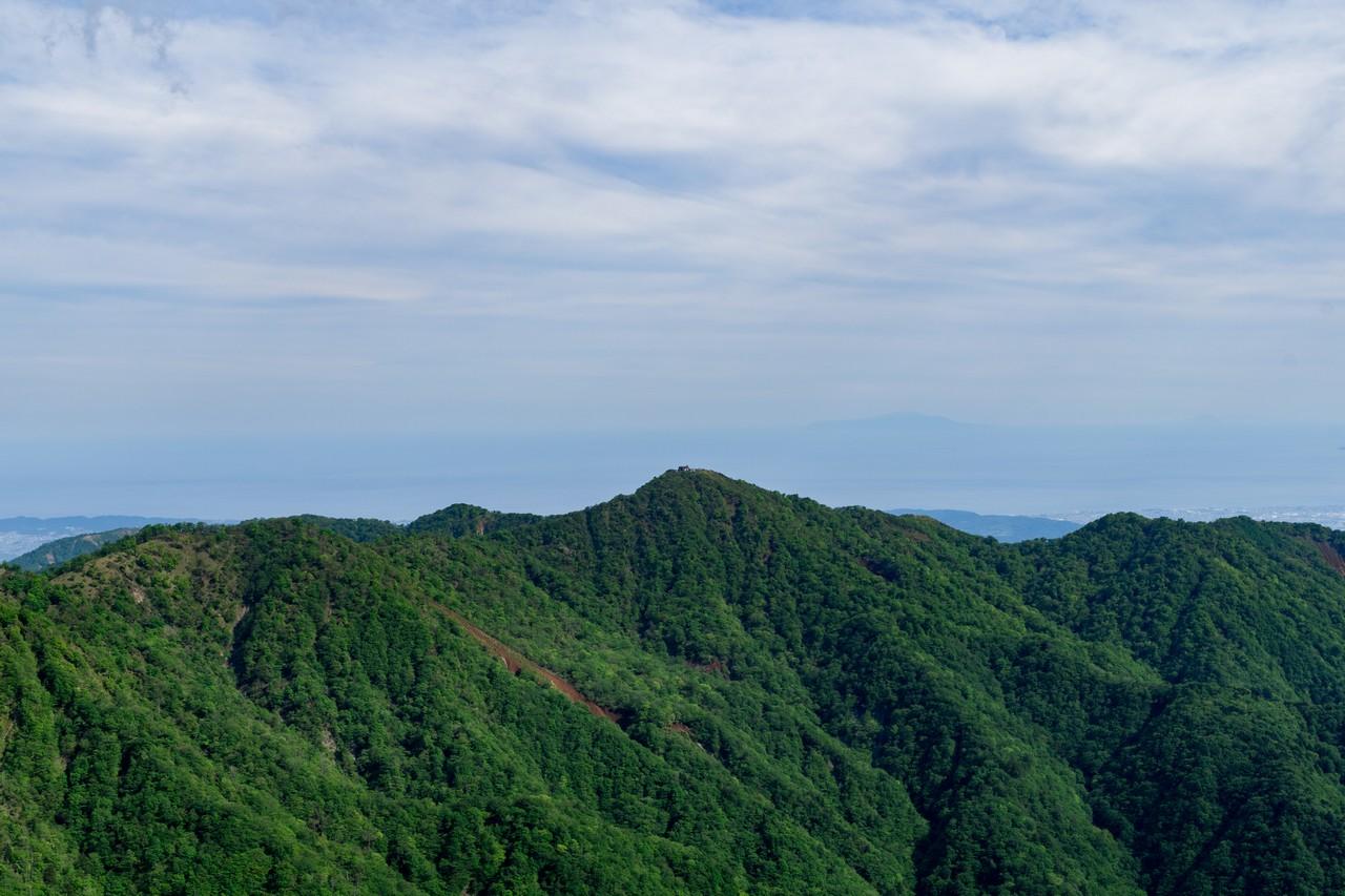不動の峰から見た塔ノ岳