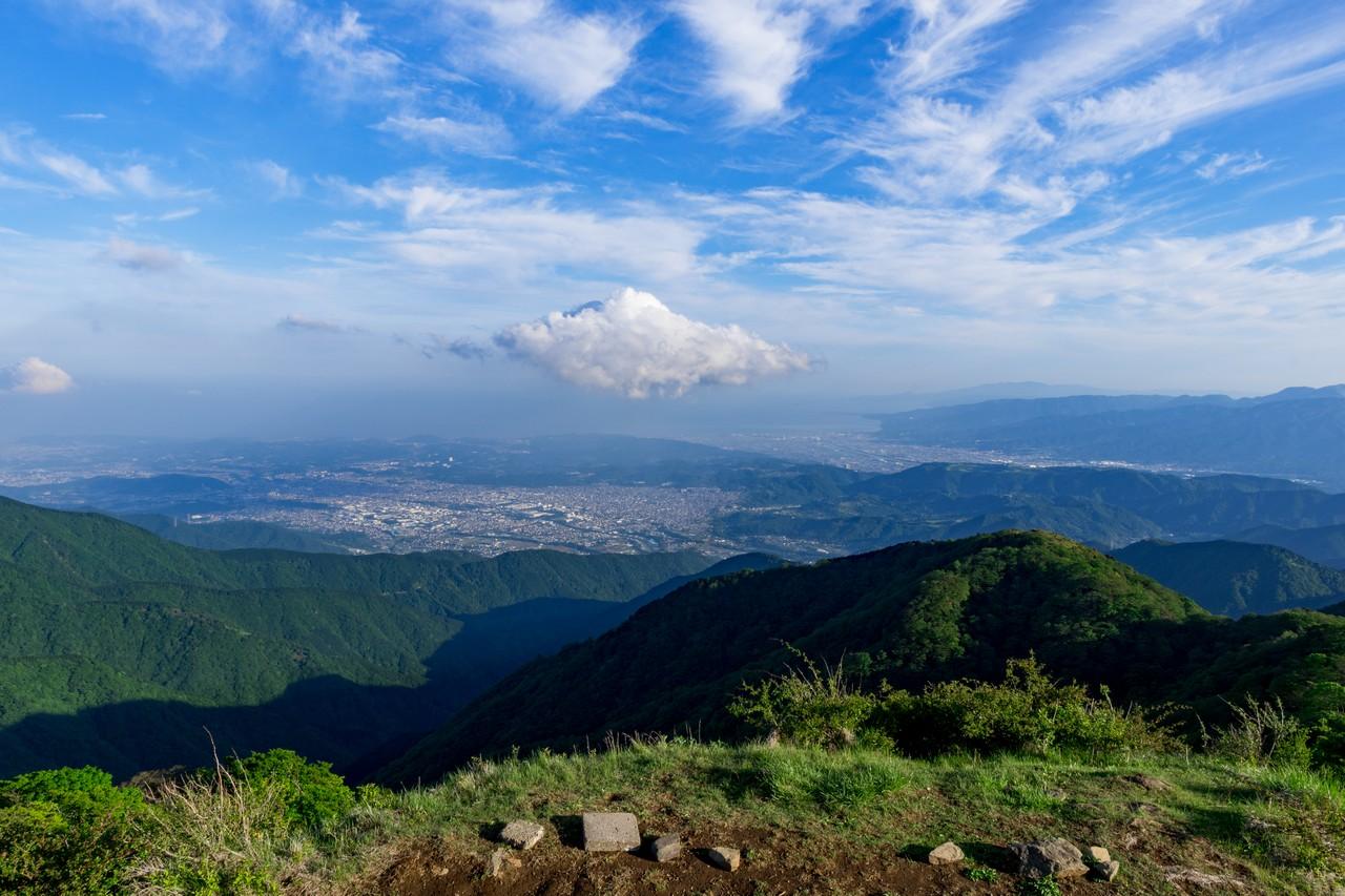 塔ノ岳から見た相模湾