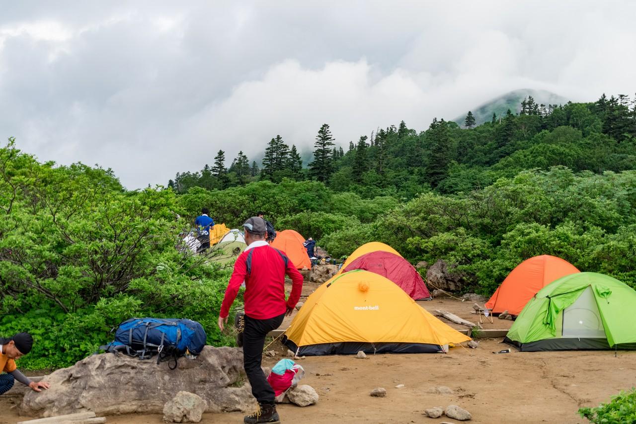 高谷池のキャンプ指定地