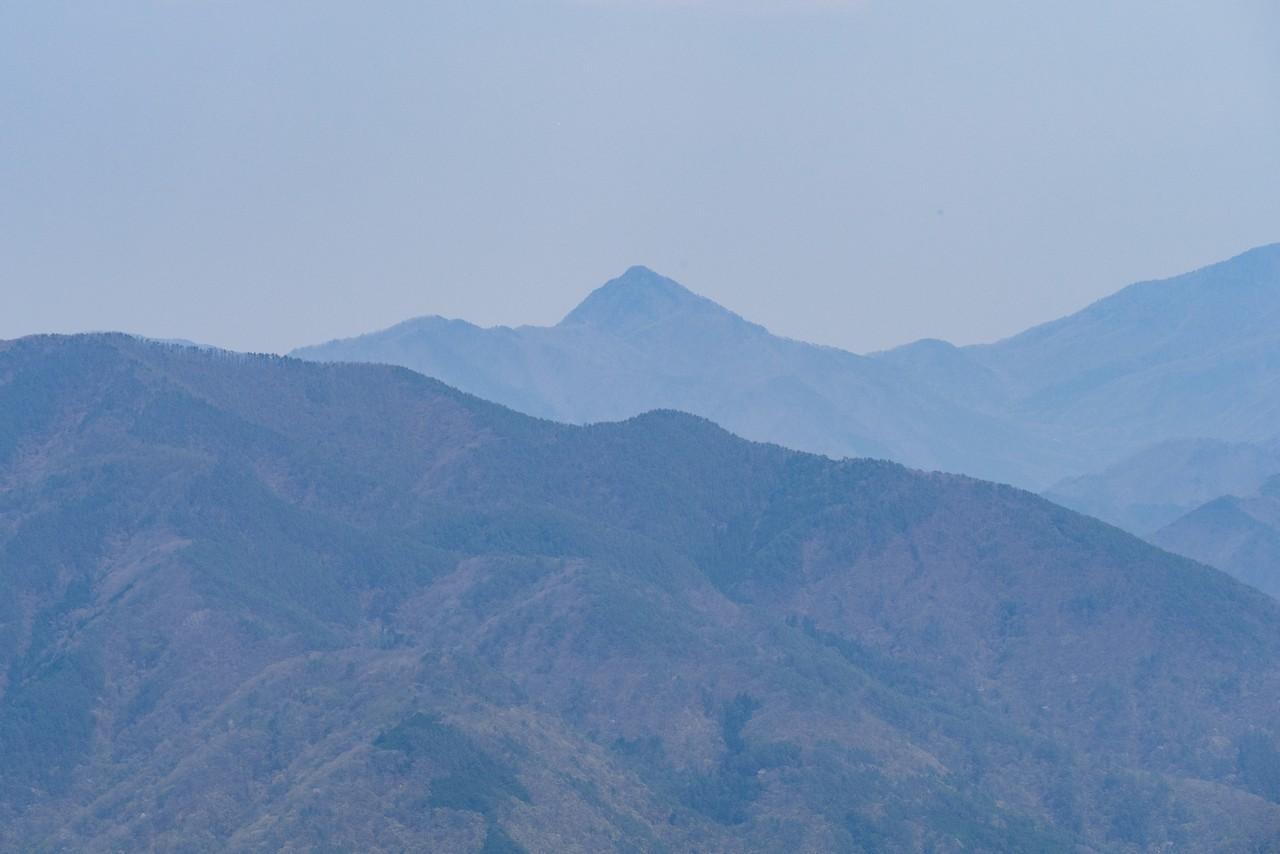 200426蛾ヶ岳-057