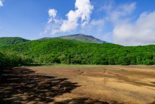古池から見た黒姫山