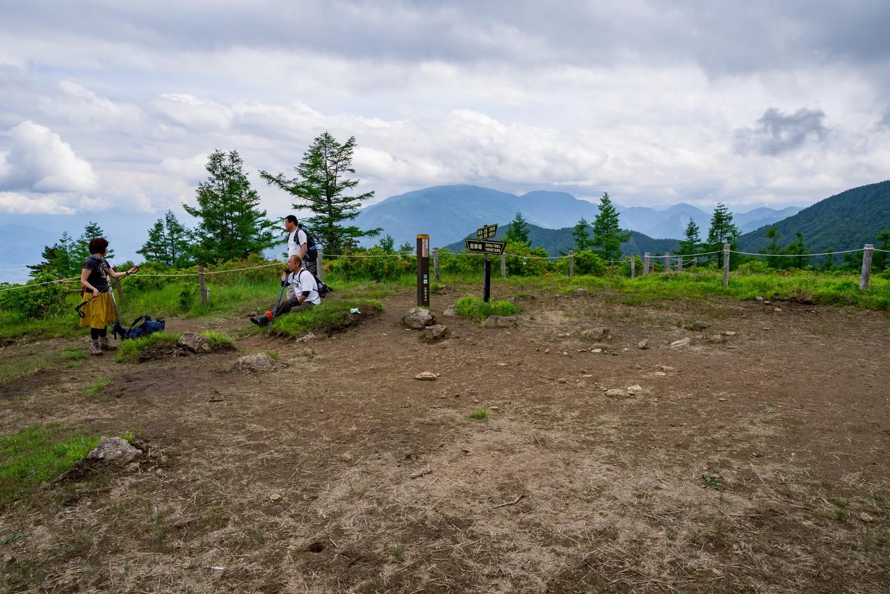 甘利山山頂の様子