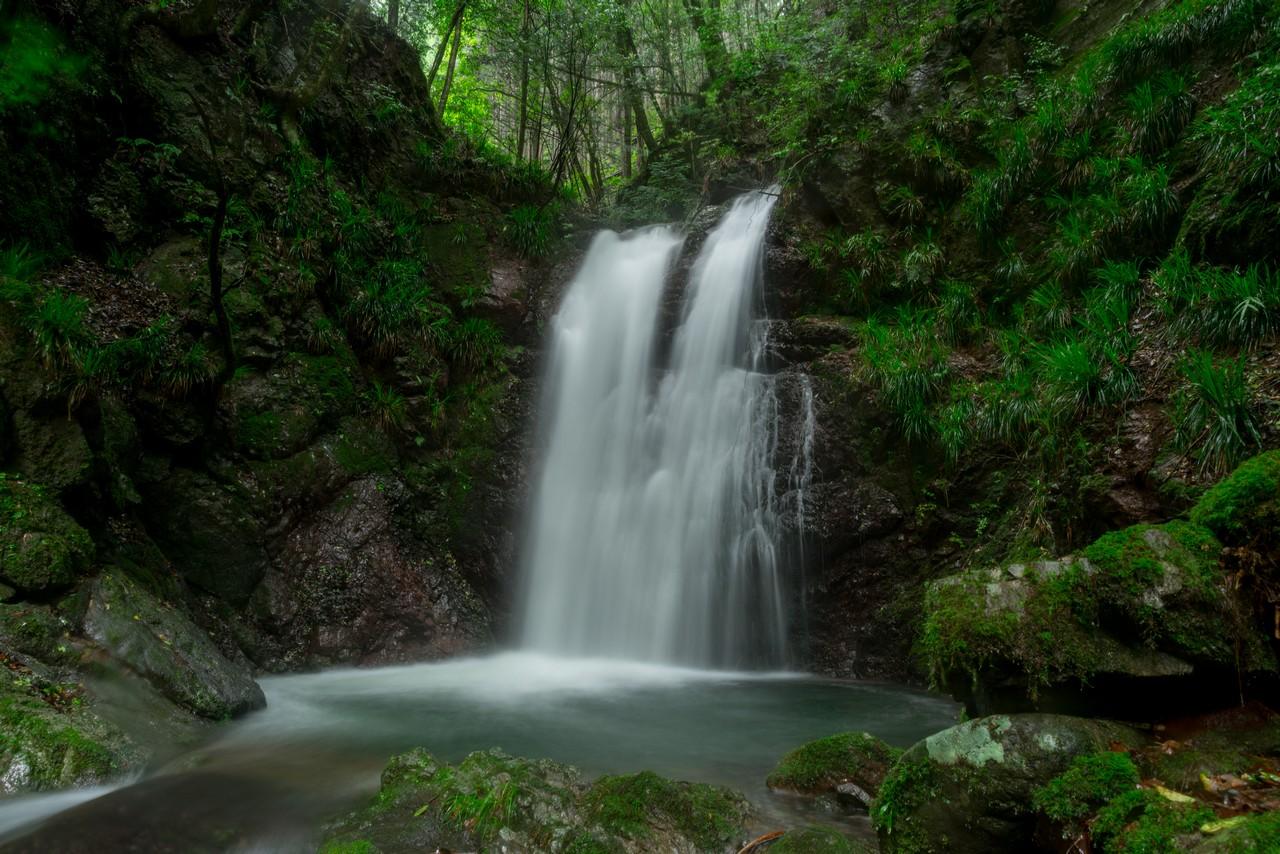 檜原村 夫婦の滝