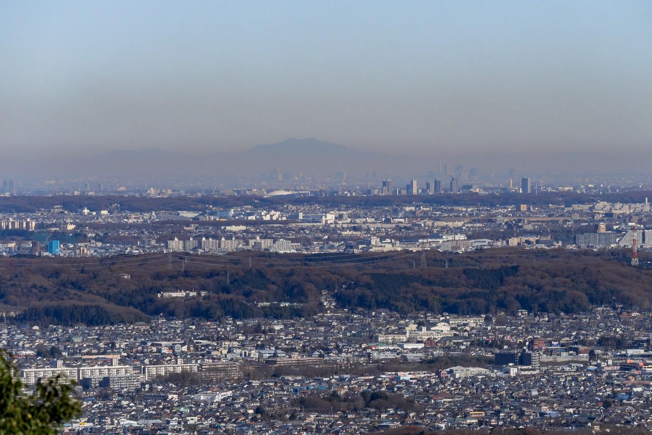 八王子城山から見た筑波山