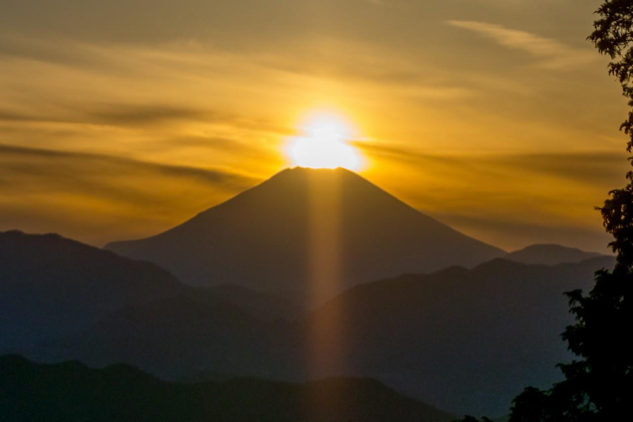 もみじ台から見たダイヤモンド富士
