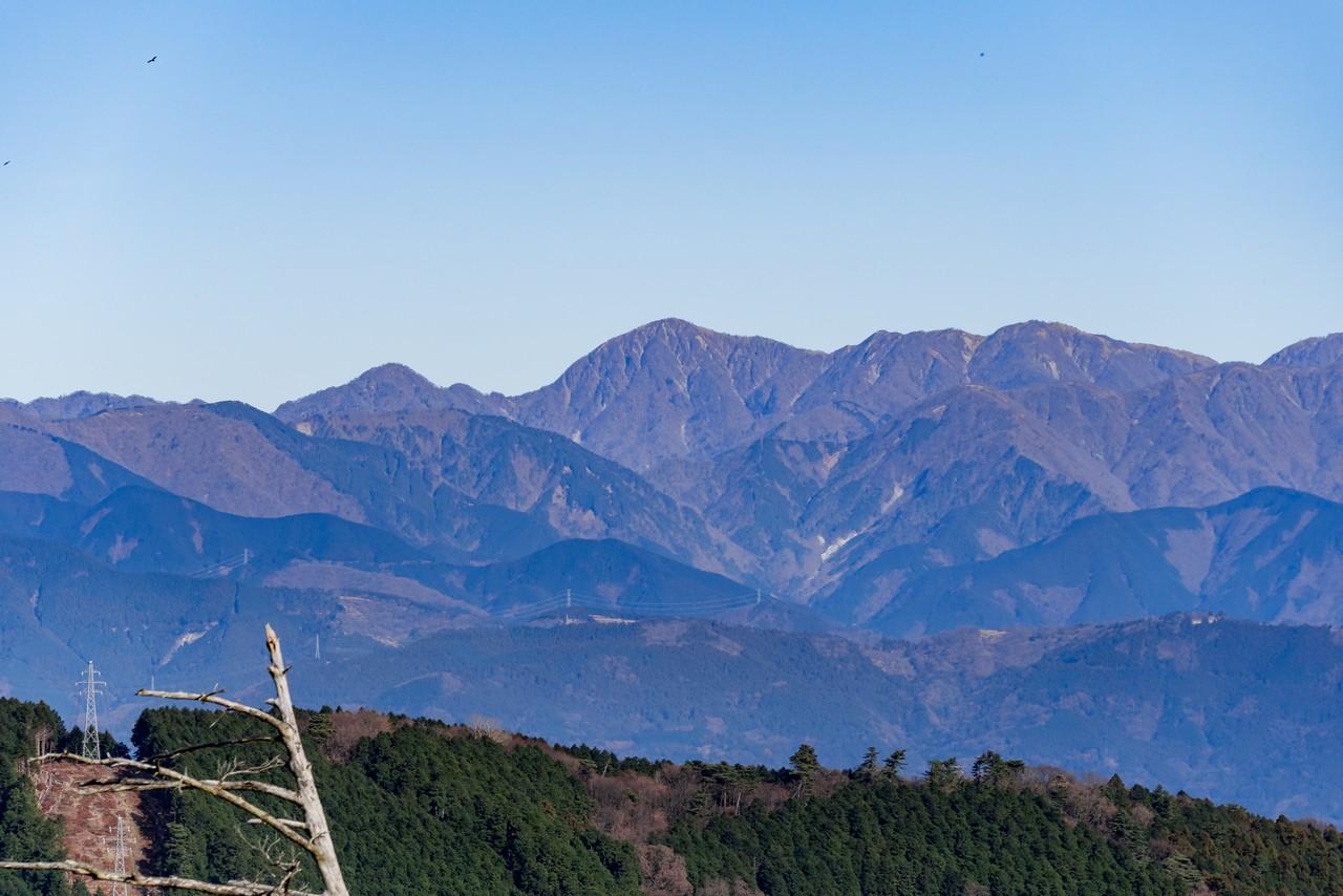 塔ノ峰から見た蛭ヶ岳