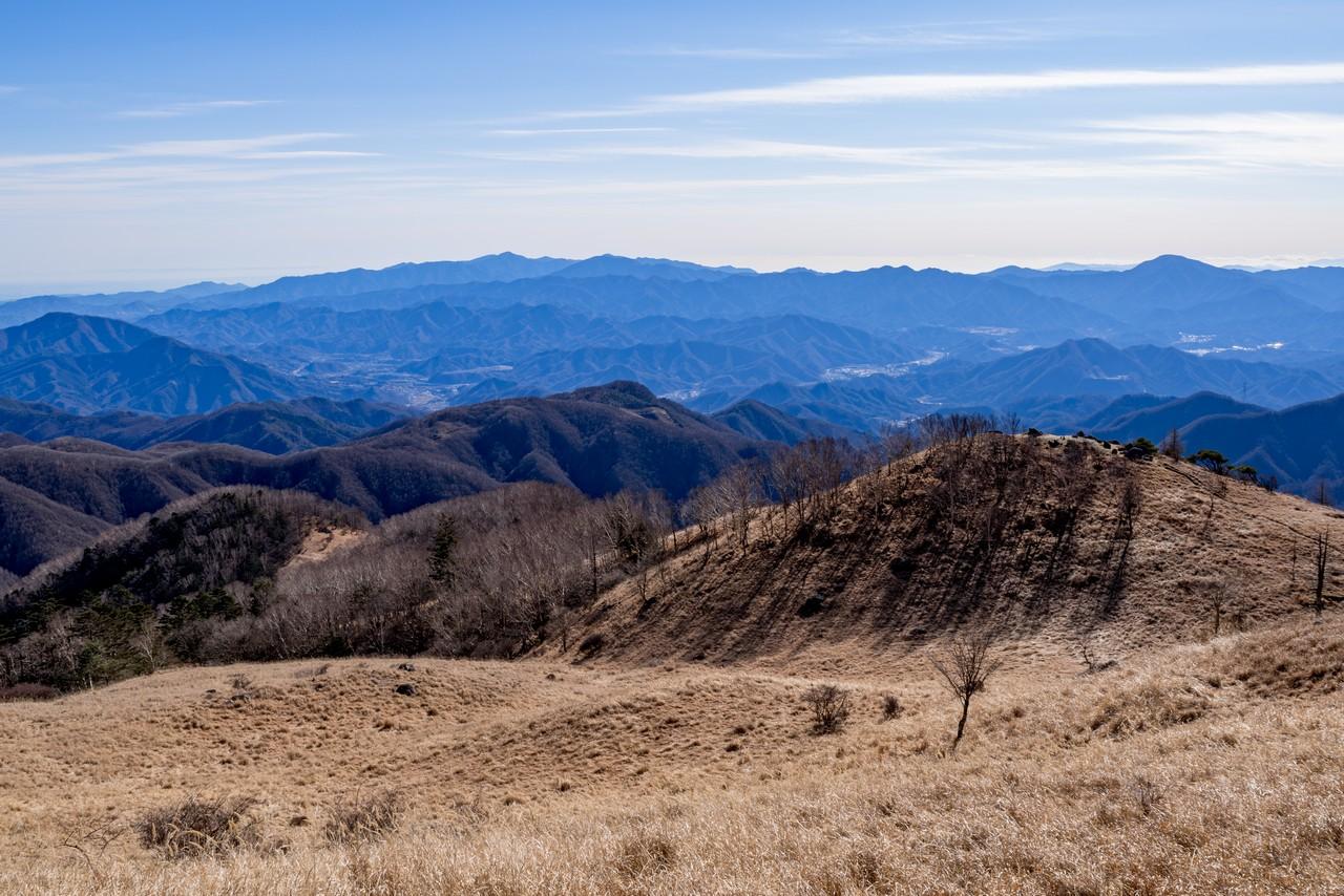 白谷ノ丸から見た丹沢山地