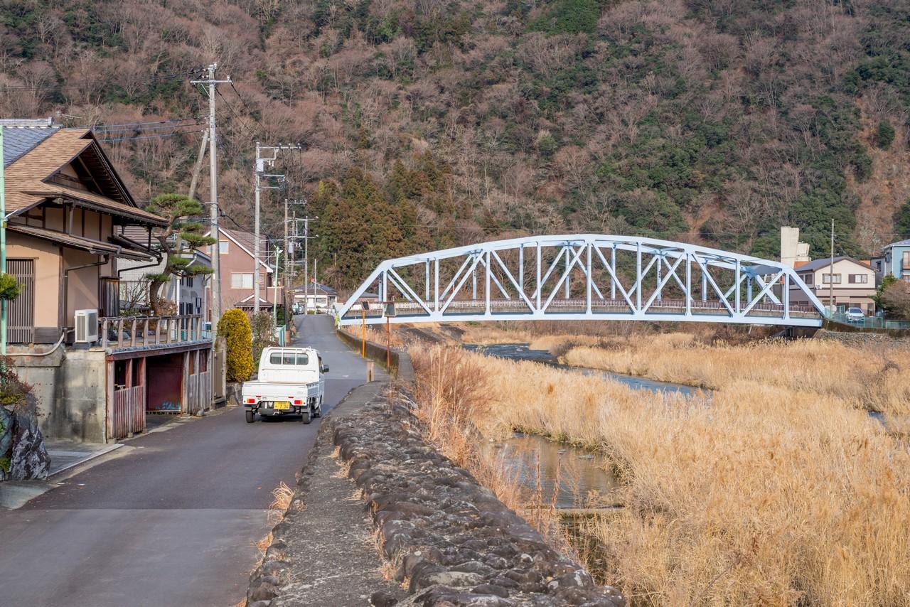 愛川町を流れる中津川