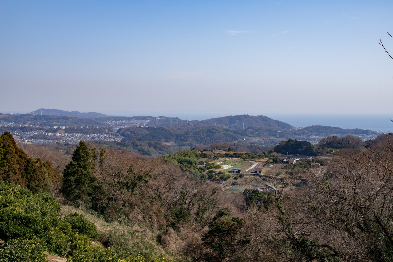六本松から見た吾妻山と湘南平