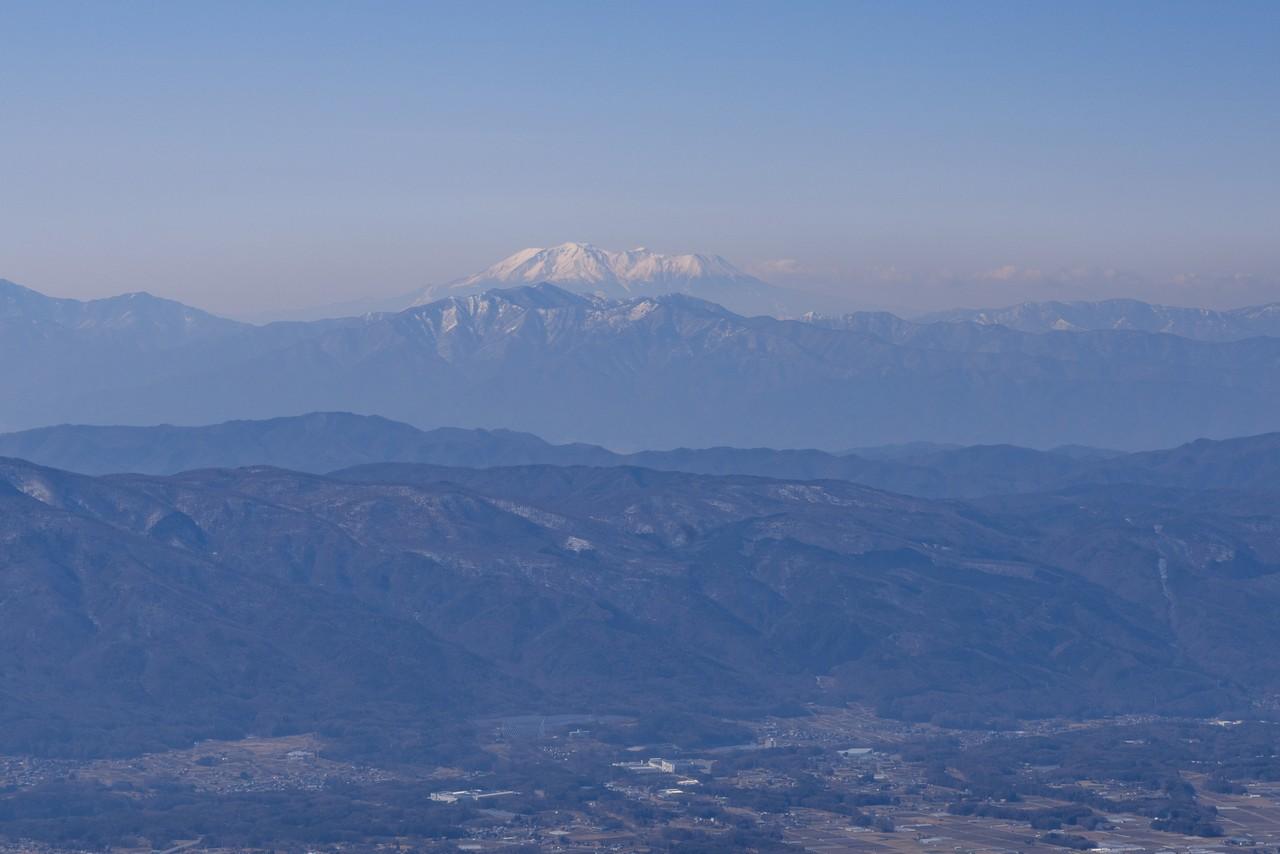 編笠山から見た御嶽山