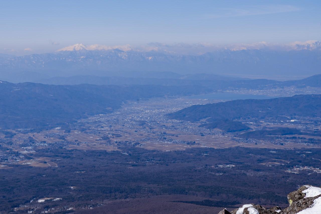 編笠山から見た諏訪盆地