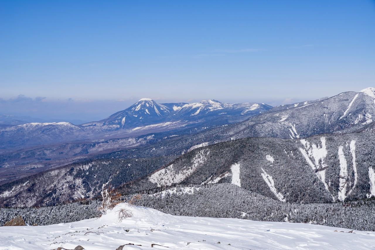 編笠山から見た蓼科山