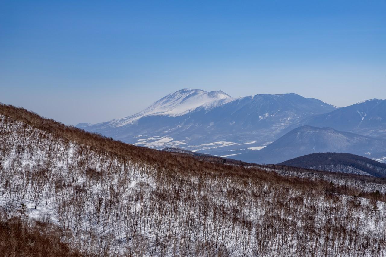 四阿山から見た浅間山2