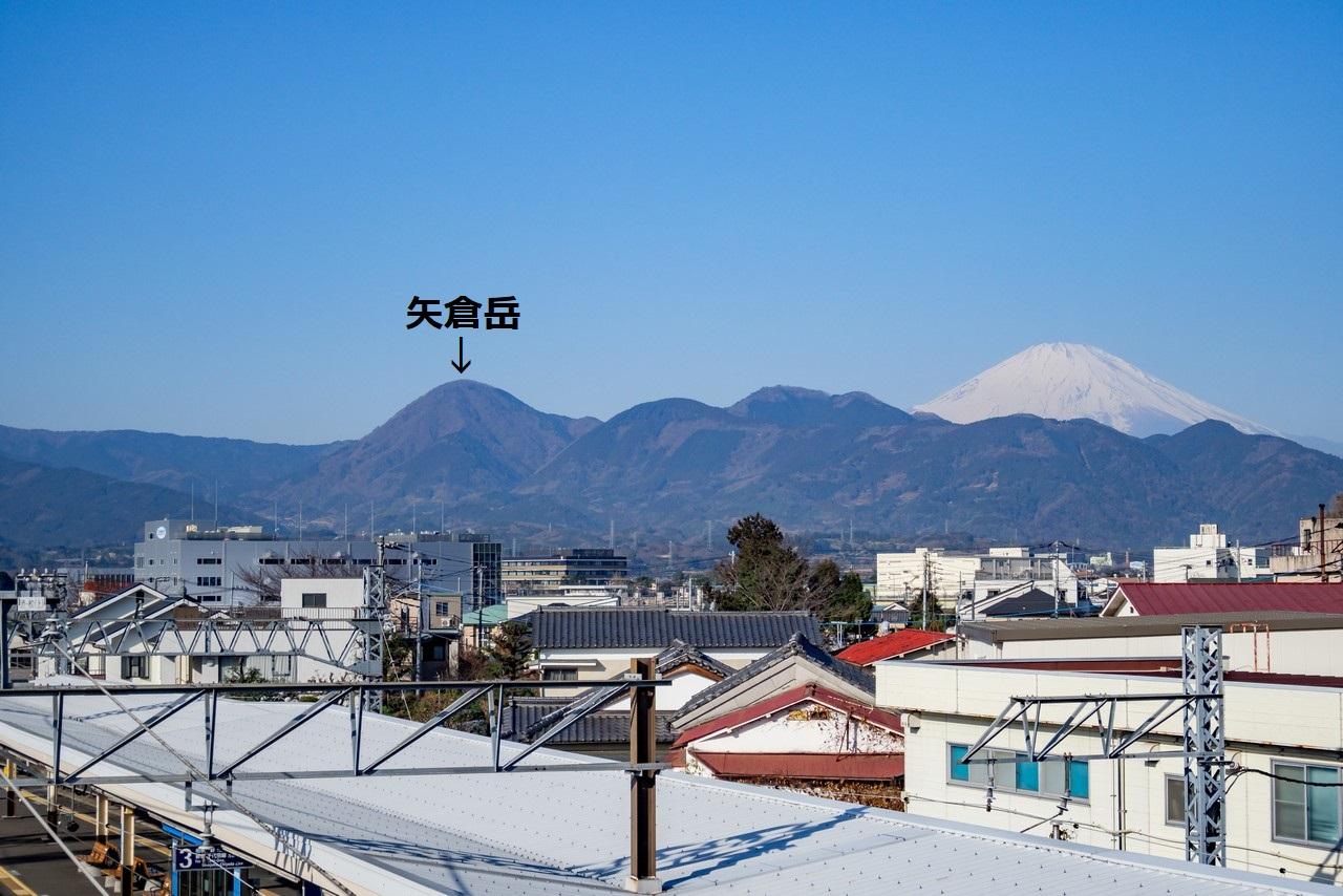 新松田駅から見た矢倉岳