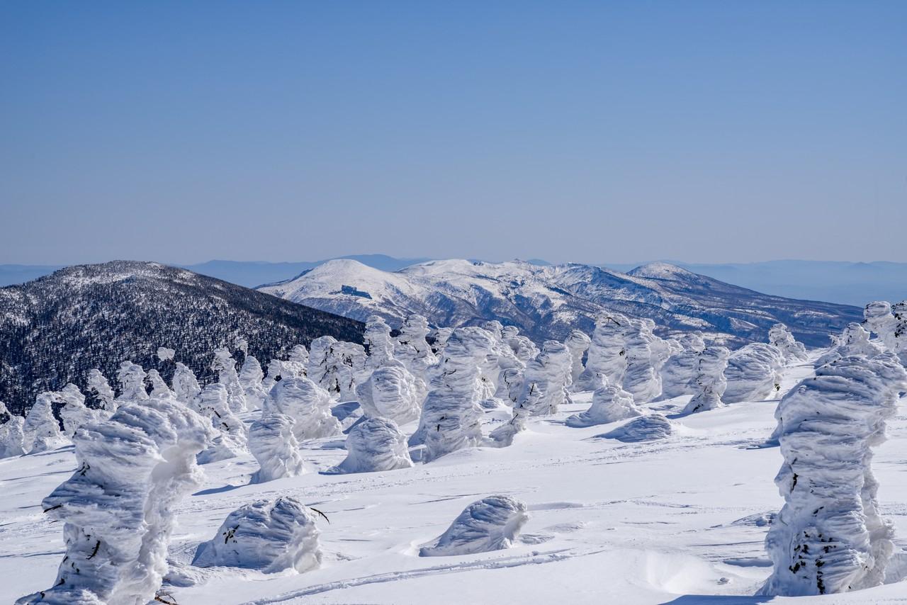 西吾妻山から見た安達太良山
