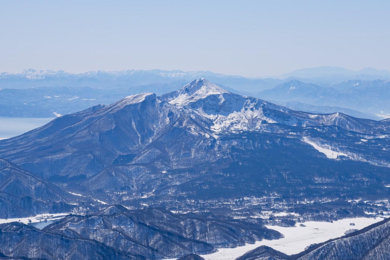 西吾妻山から見た磐梯山