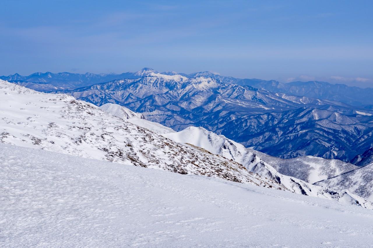 仙ノ倉山から見た武尊山