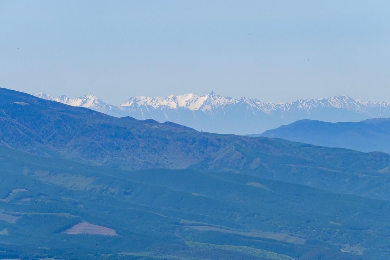 御座山から見た槍ヶ岳