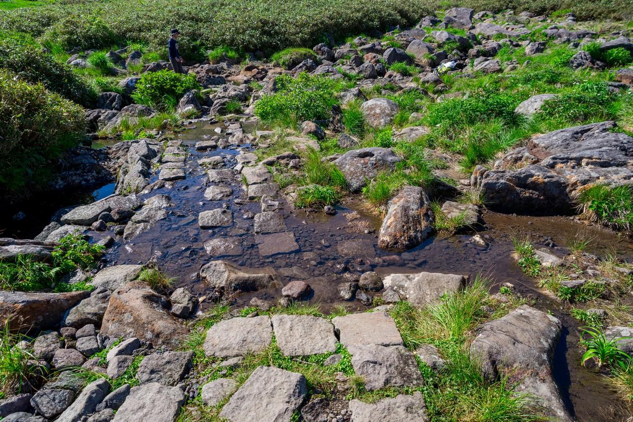 鳥海山 賽の河原の水場