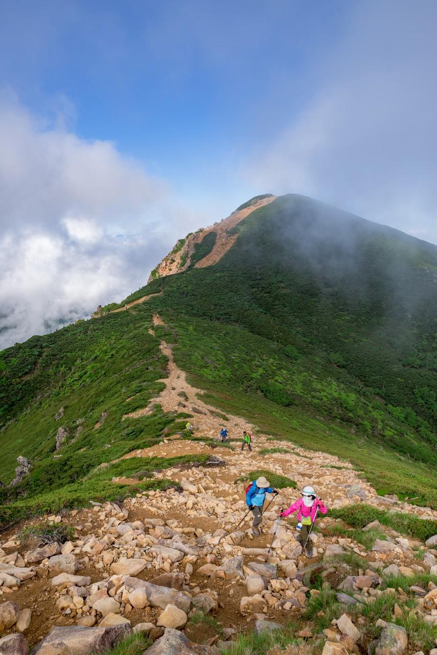 東5天狗岳から見た西天狗岳