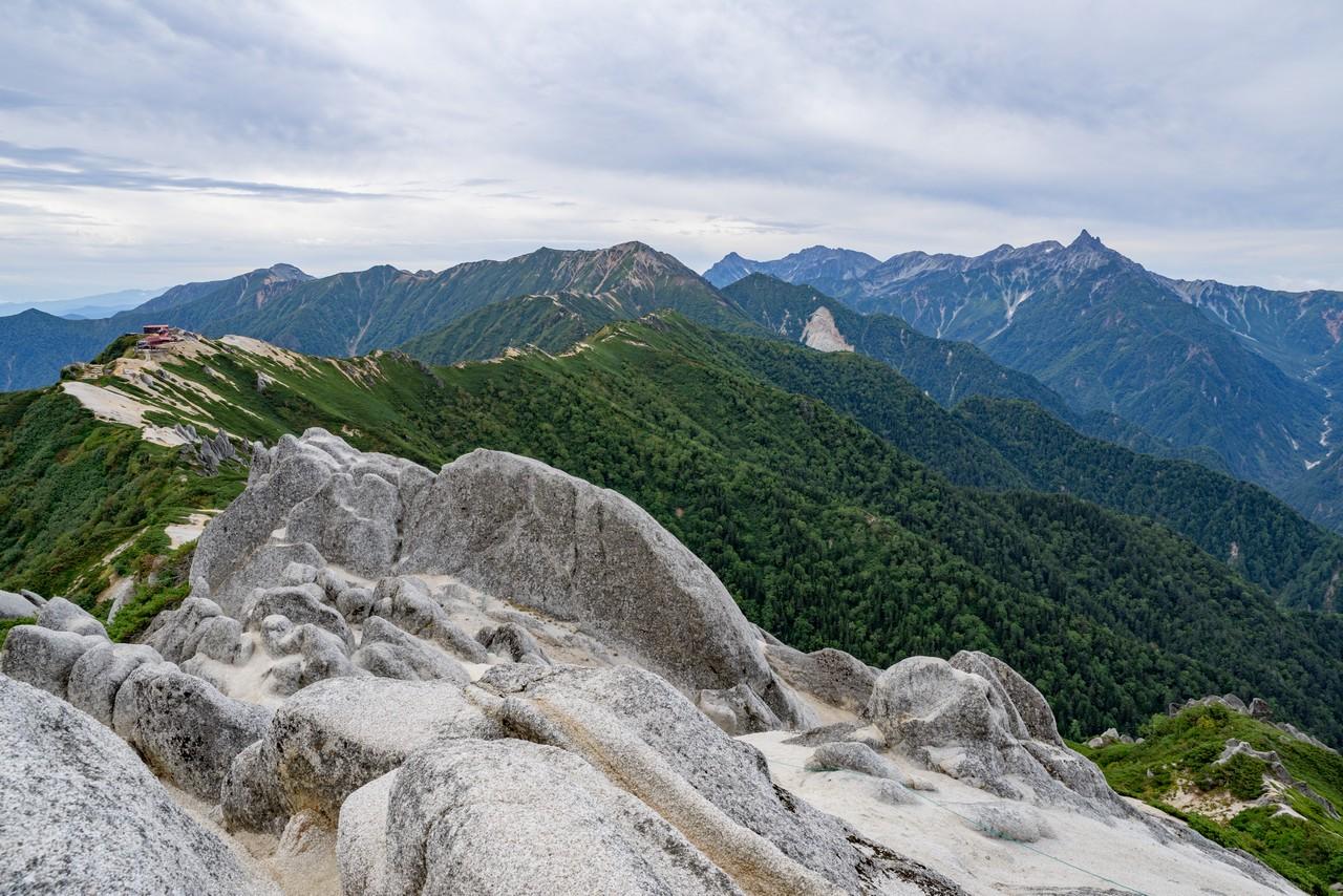 燕岳から見たパノラマ銀座方面
