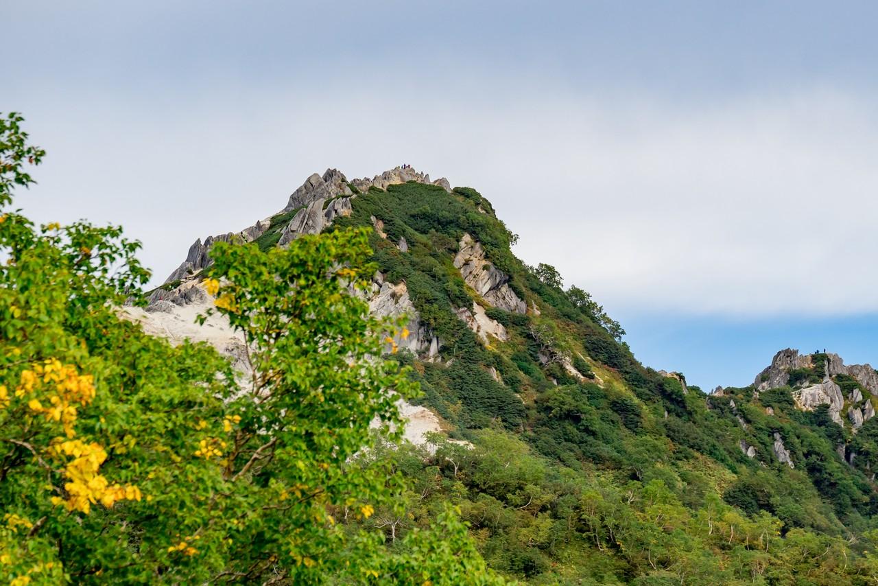 合戦沢ノ頭から見た燕岳の山頂