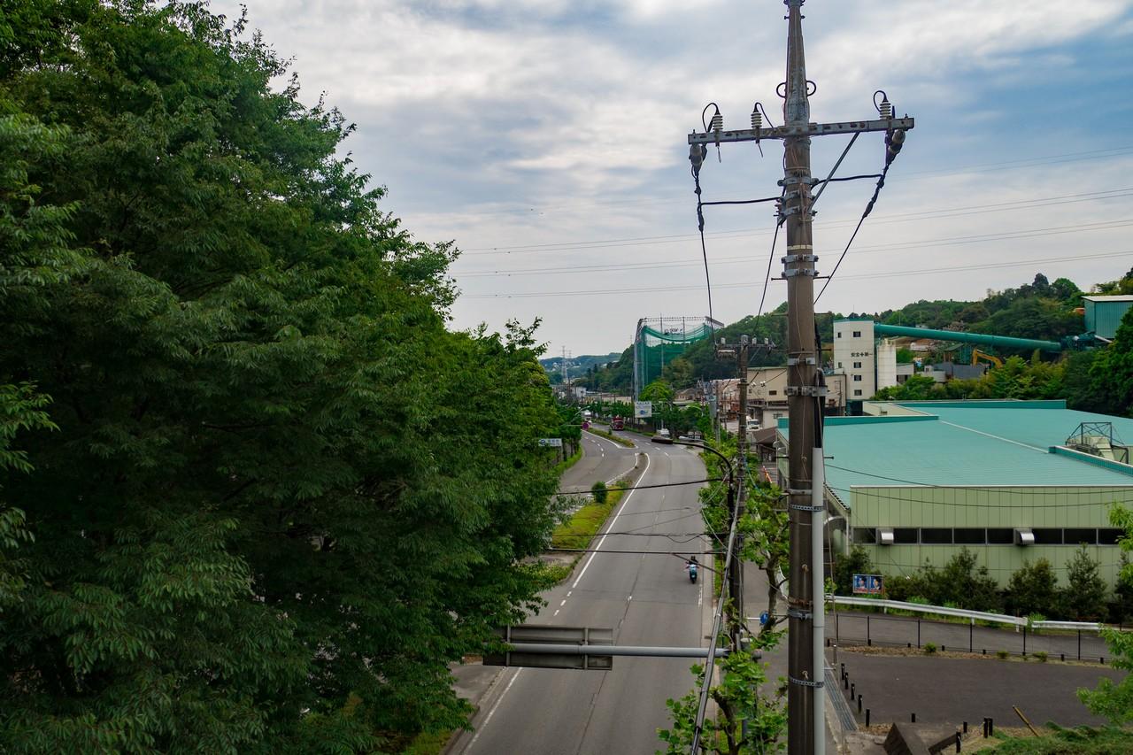 鎌倉街道を越える尾根幹線