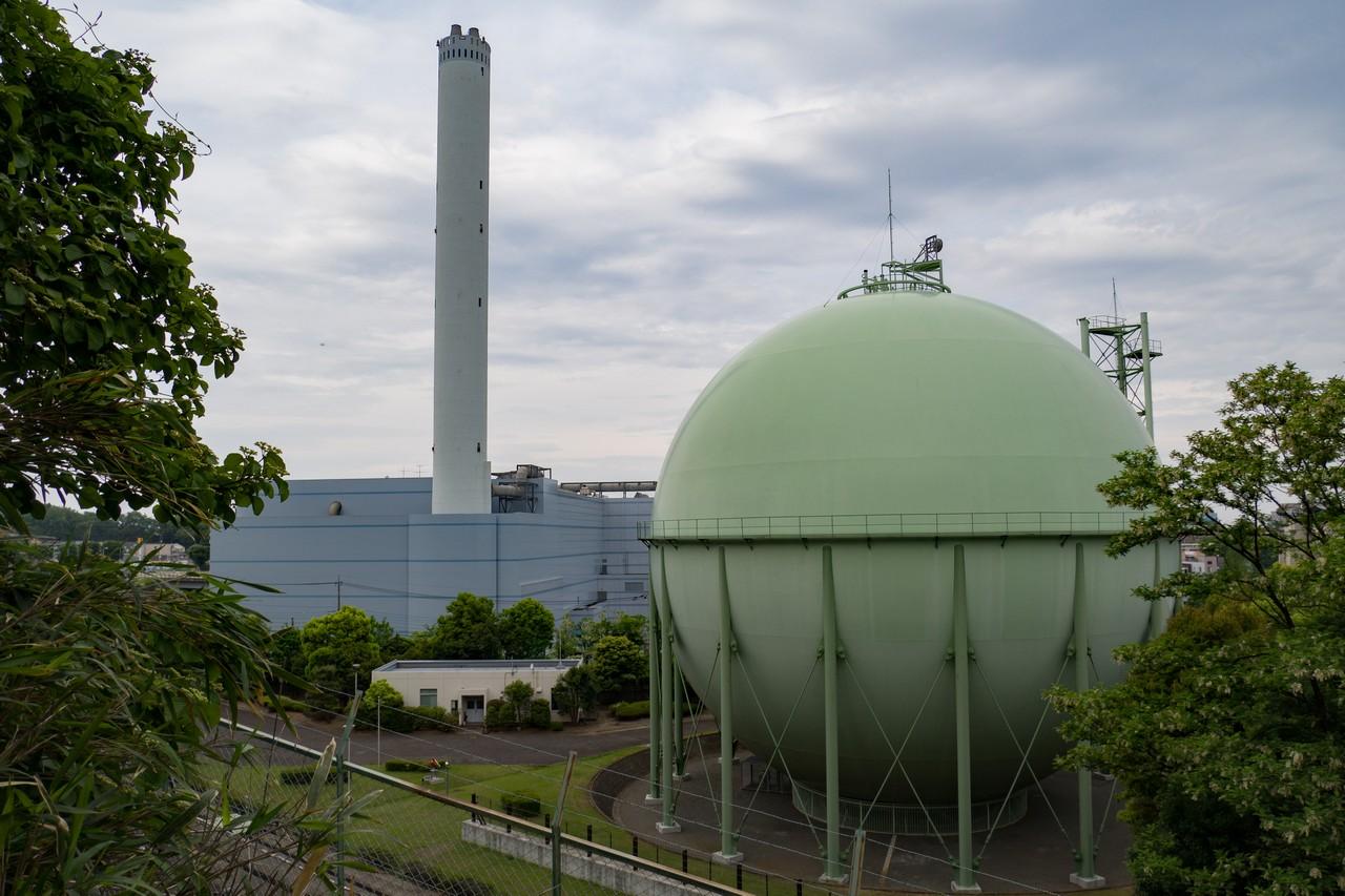 唐木田のガスタンク