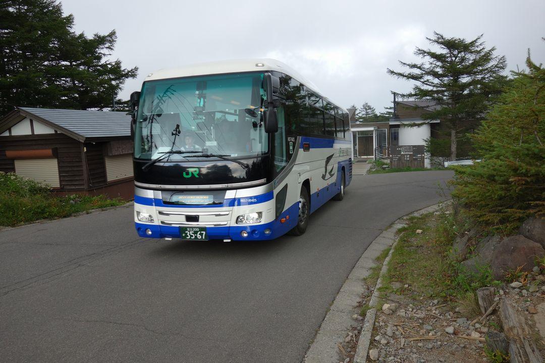 車坂峠を通る佐久平駅行きの路線バス