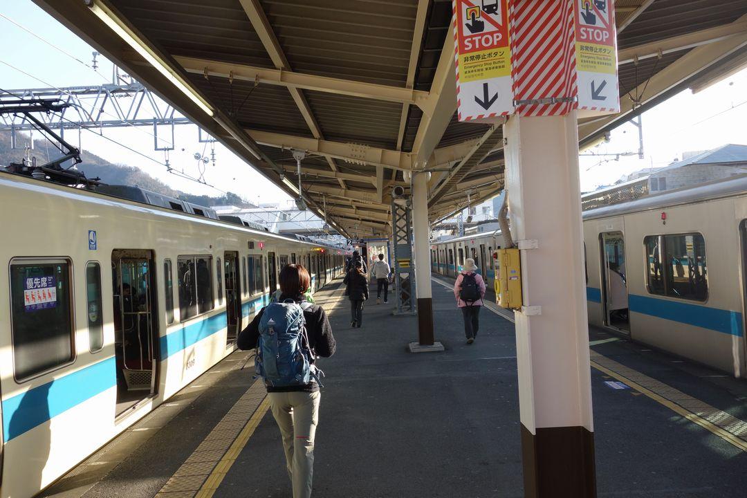 新松田駅のホーム