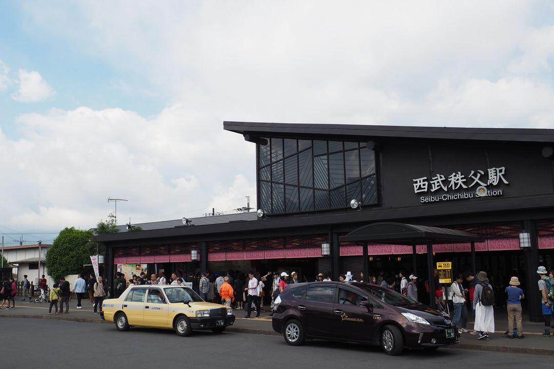 西武秩父駅の駅舎