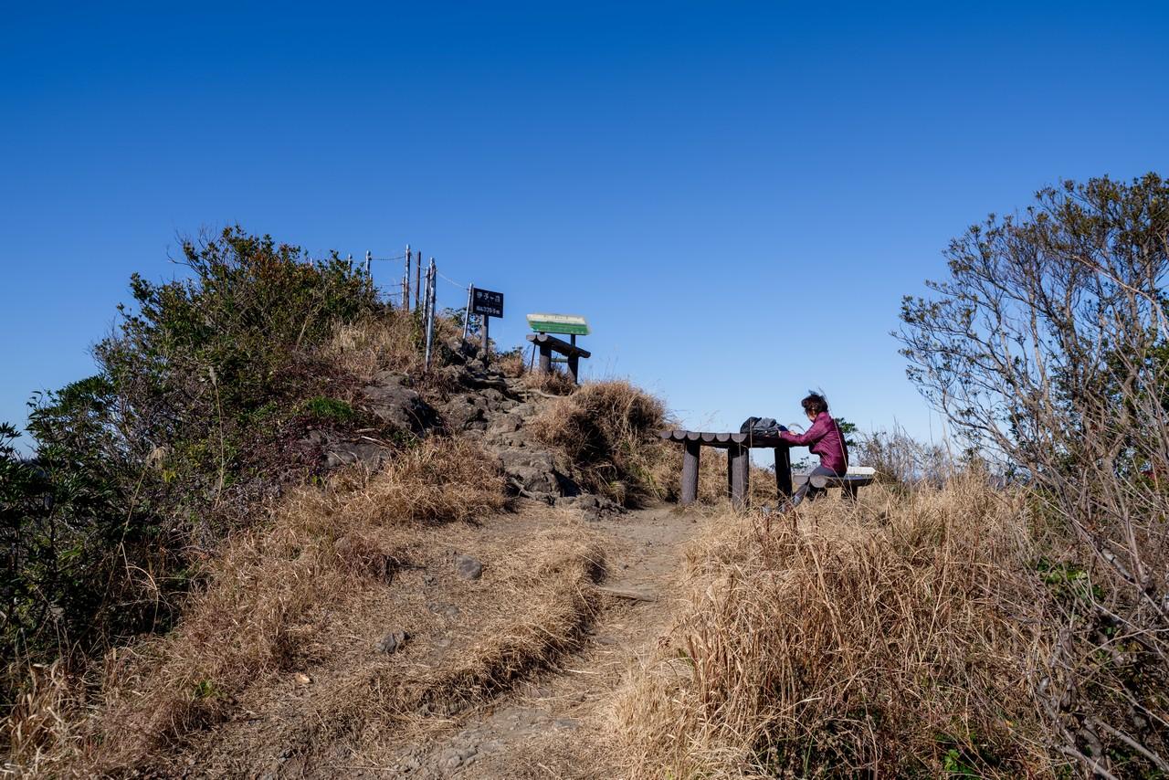 伊予ヶ岳の山頂