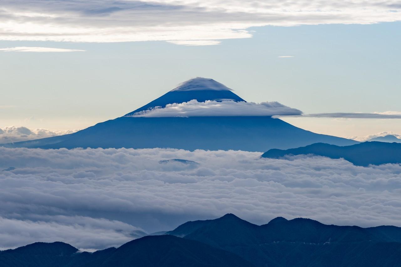 農鳥岳から見た富士山