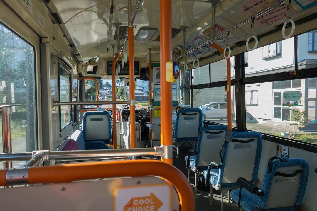 清水行きバスの車内