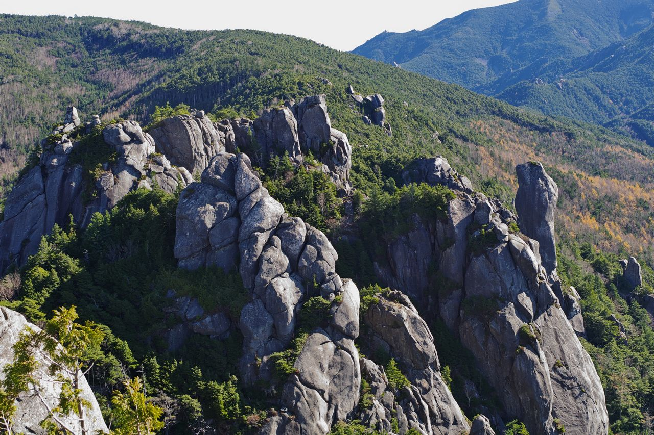 瑞牆山の山頂部