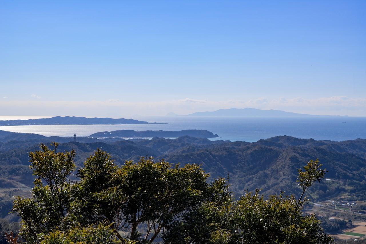 富山から見た伊豆大島