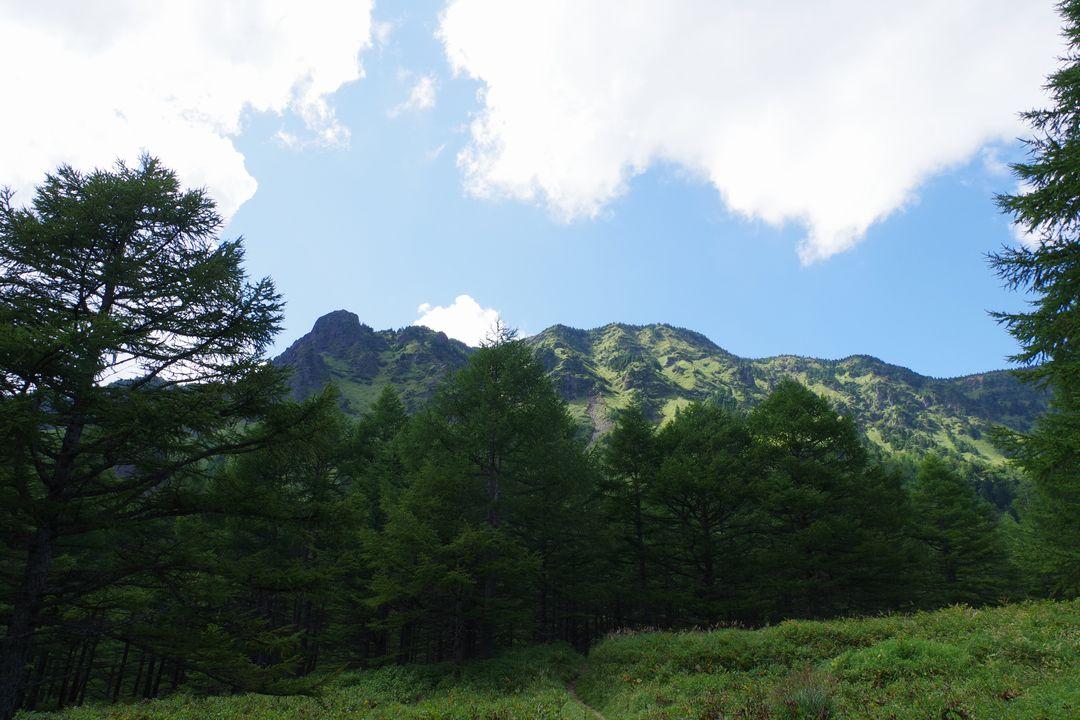 浅間山 湯ノ平口から見た外輪山
