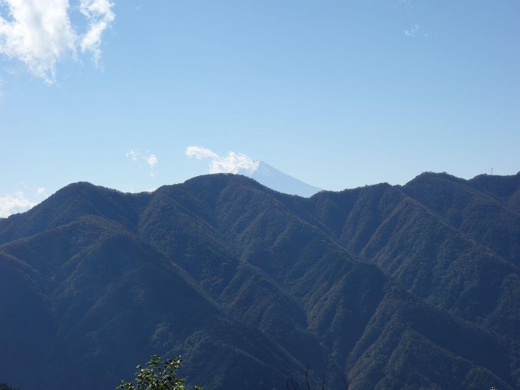松姫峠から見た富士山