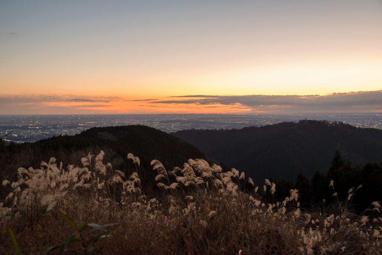 小仏城山から見た暁の都心方面展望