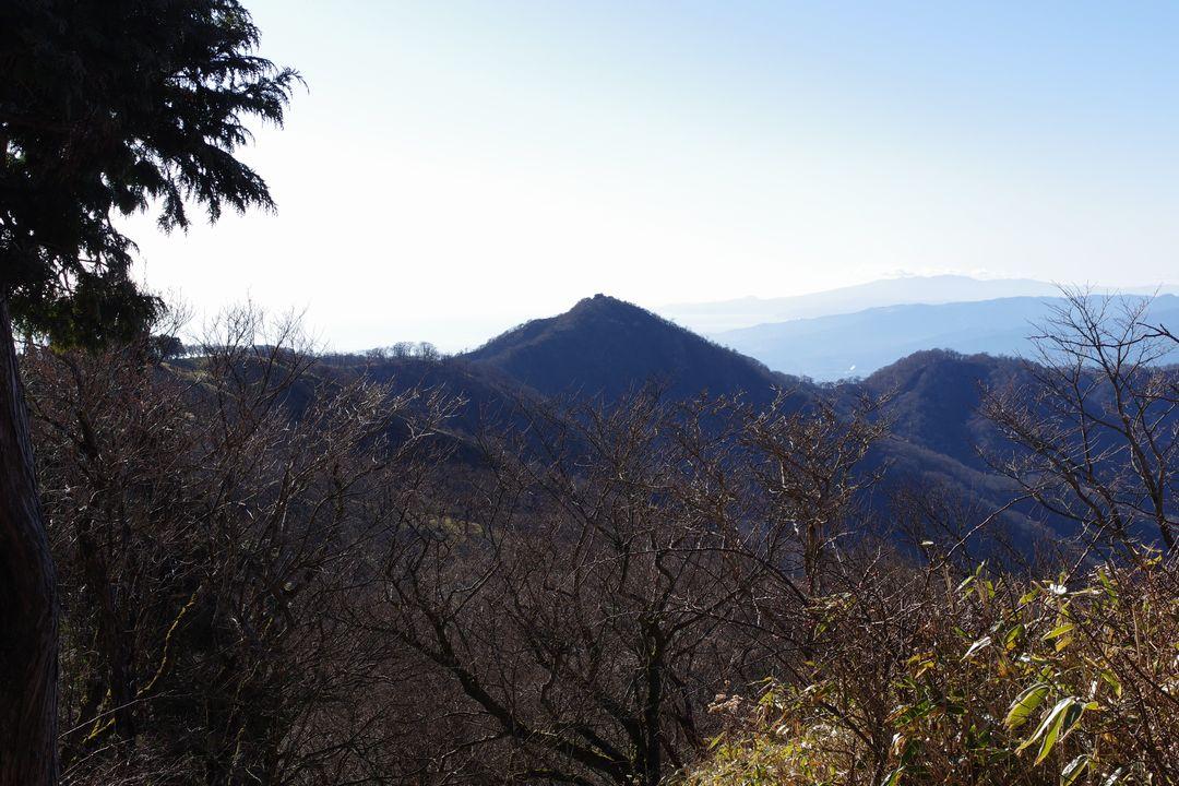 丹沢山から見た塔ノ岳
