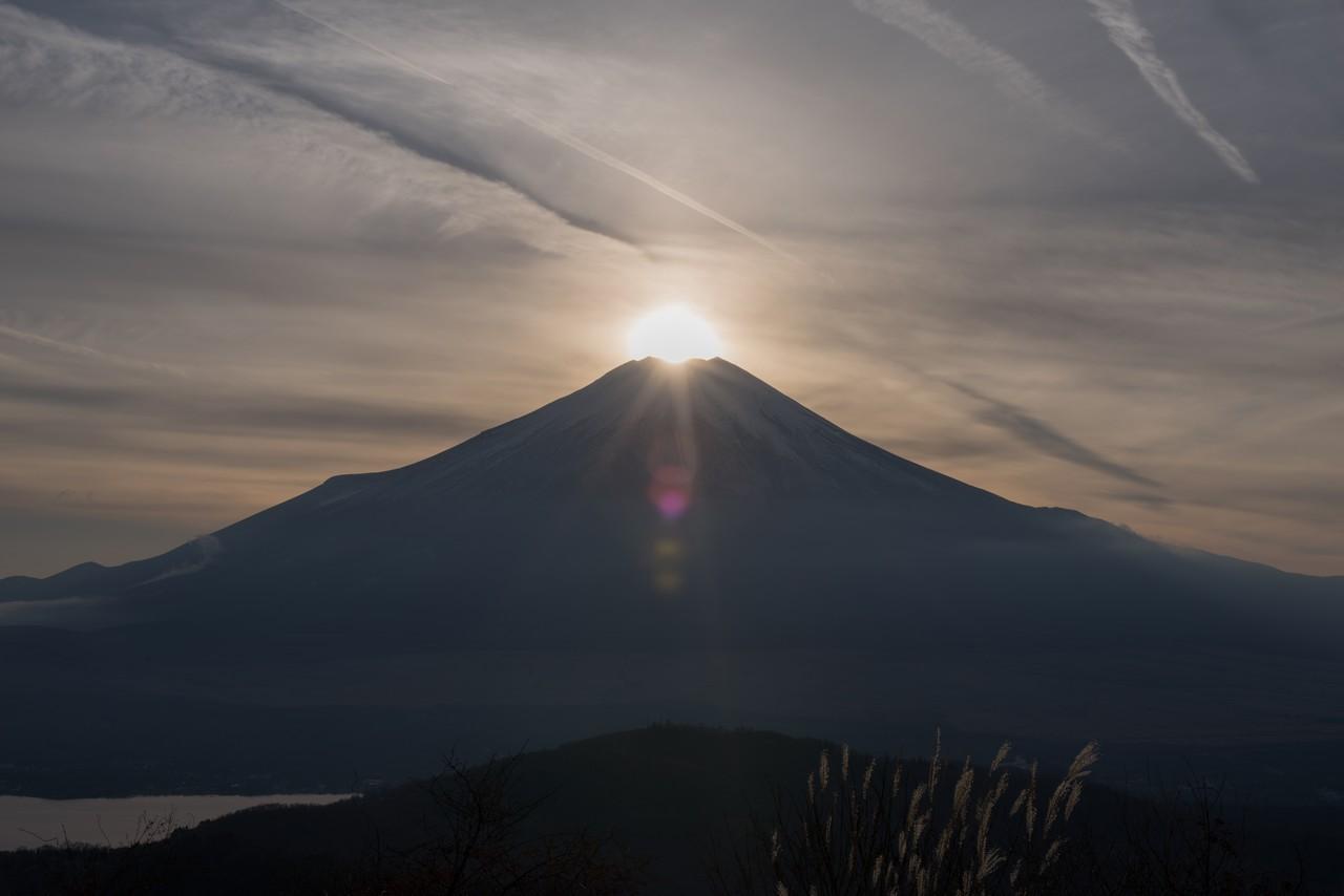 石割山からのダイヤモンド富士
