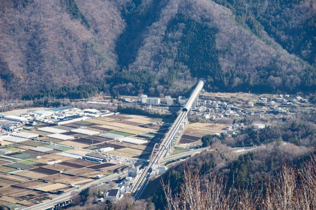 高川山から見たリニア実験線