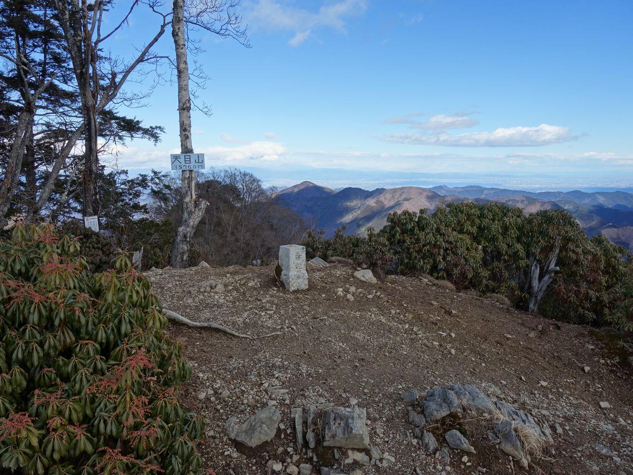 天目山の山頂
