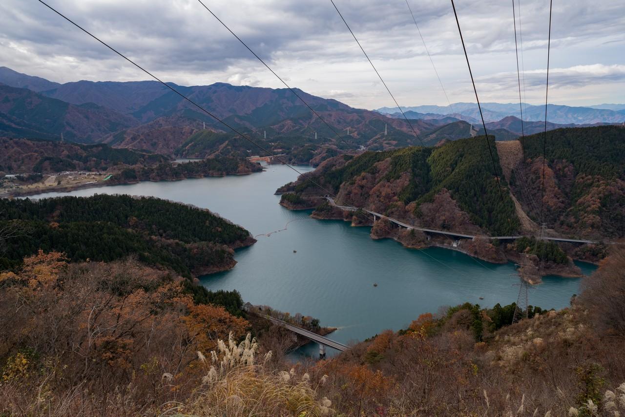 高取山から見た宮ヶ瀬湖