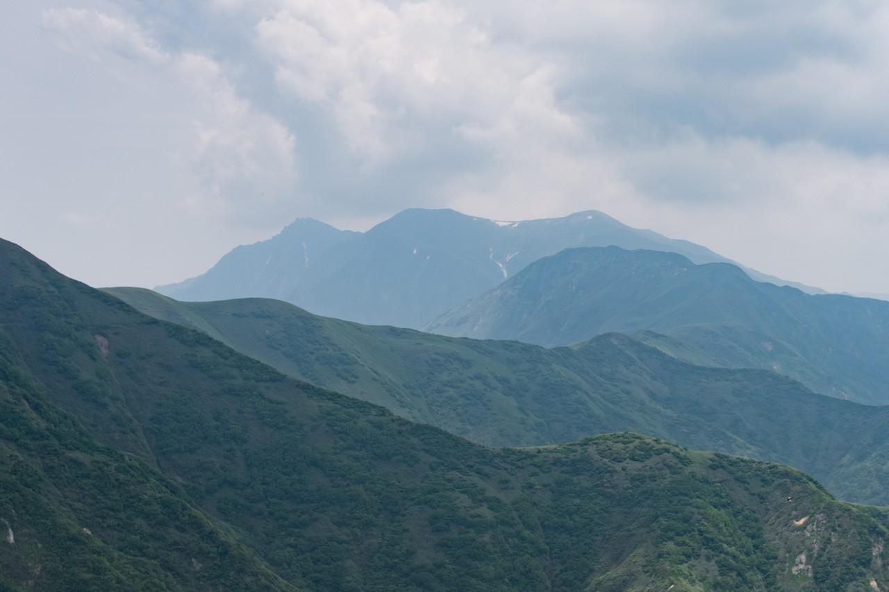 大源太山から見た谷川岳