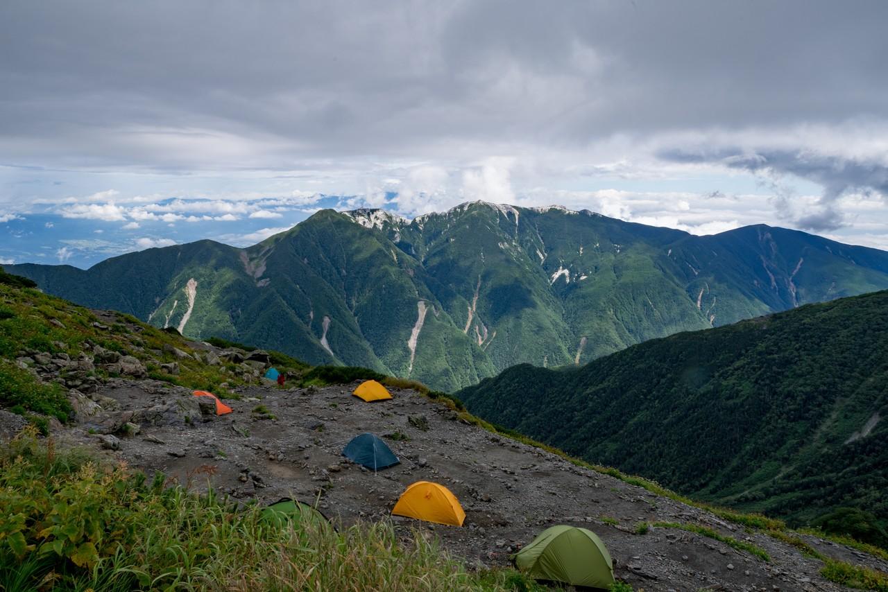 北岳肩ノ小屋のテント場