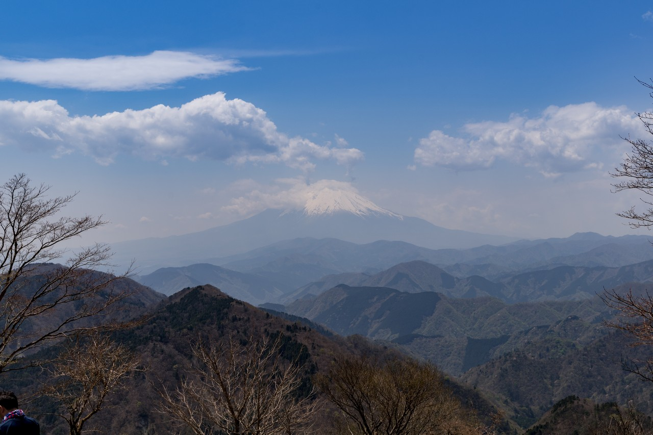 鍋割山山頂から見た富士山
